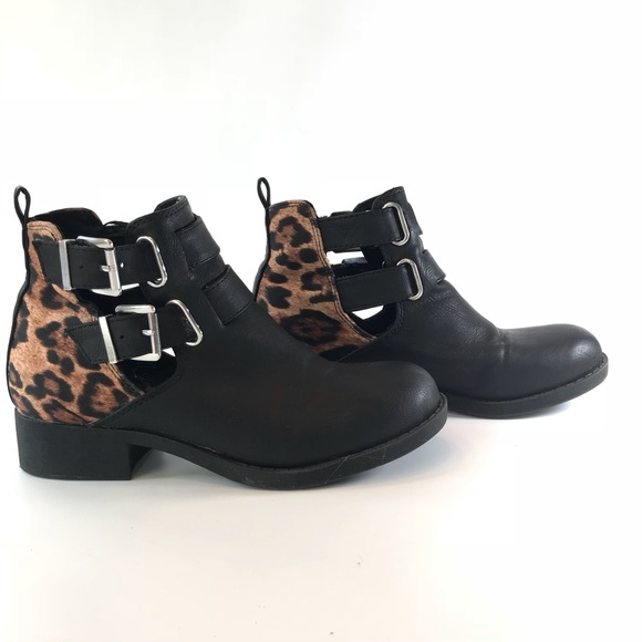 247baa64459d Kendall & Kylie Shoes | Kendall Kylie Black Leopard Buckle Booties ...